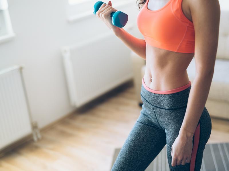 6 วิธีเพิ่มหน้าอกให้ดูม ๆ ด้วยการออกกำลังกาย
